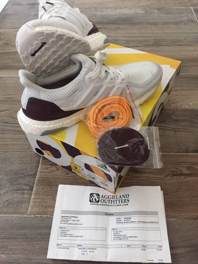 Contact 09178328864 Adidas Ultra Boost 1.0 OG Core Black Purple B21717 Size: 7 Mens or 8 WOs