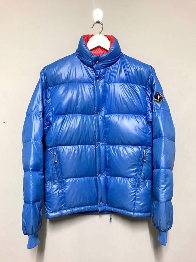e0b361a89 hot moncler coat blue hole e1074 97192