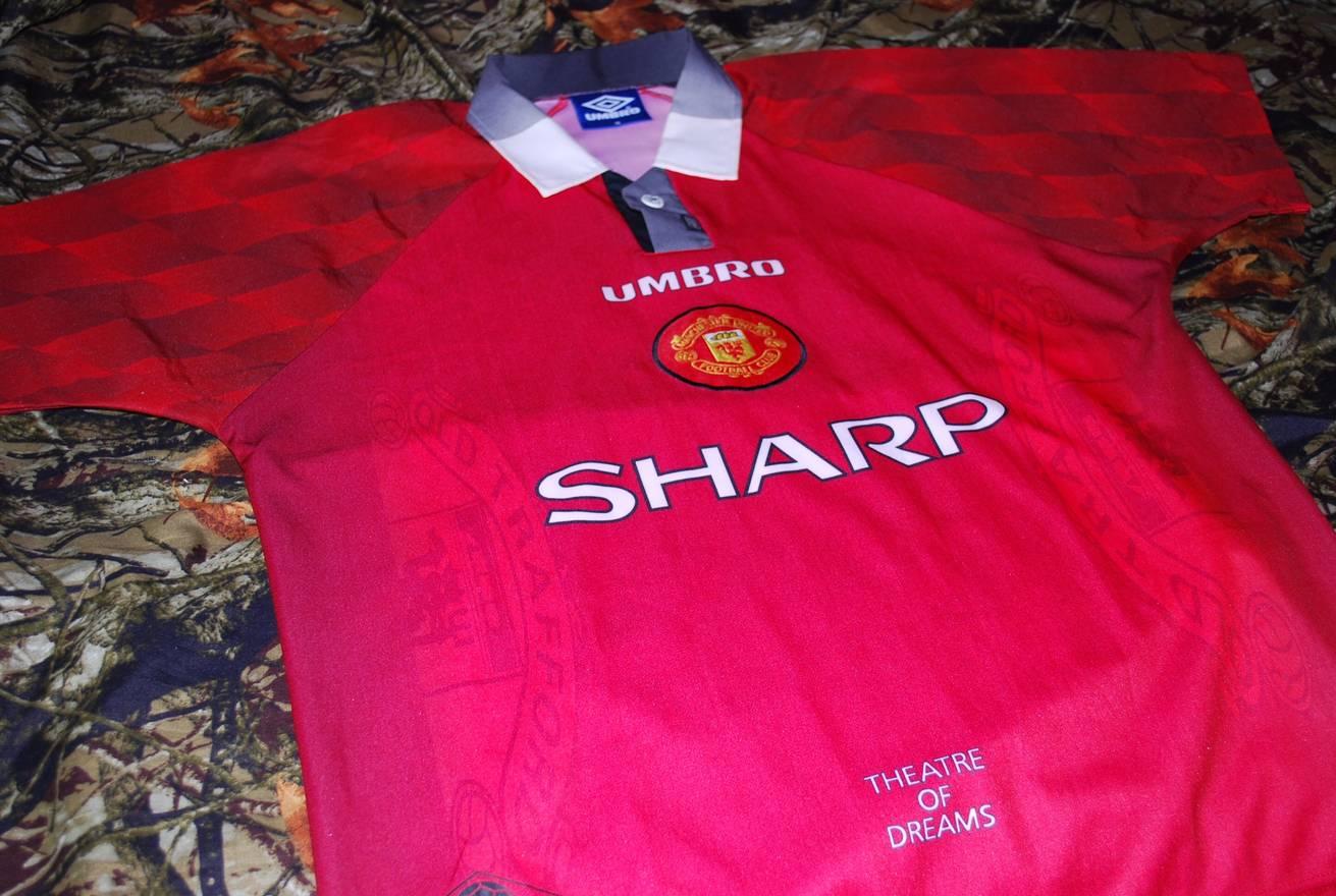 ac57a2cd1 Vintage Man Utd Shirts