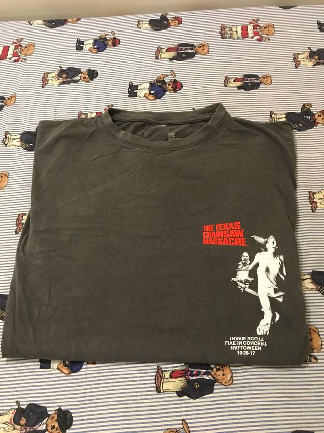65dd8cb80b12 Travis Scott Halloween American Horror Story Chainsaw. Travis scott  halloween merch tee size ...