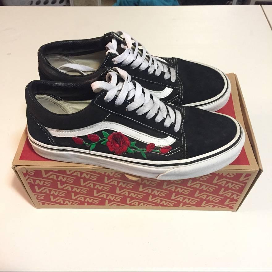 Vans Custom Rose Patch Old Skool Vans Size 8 - Low-Top Sneakers for ...