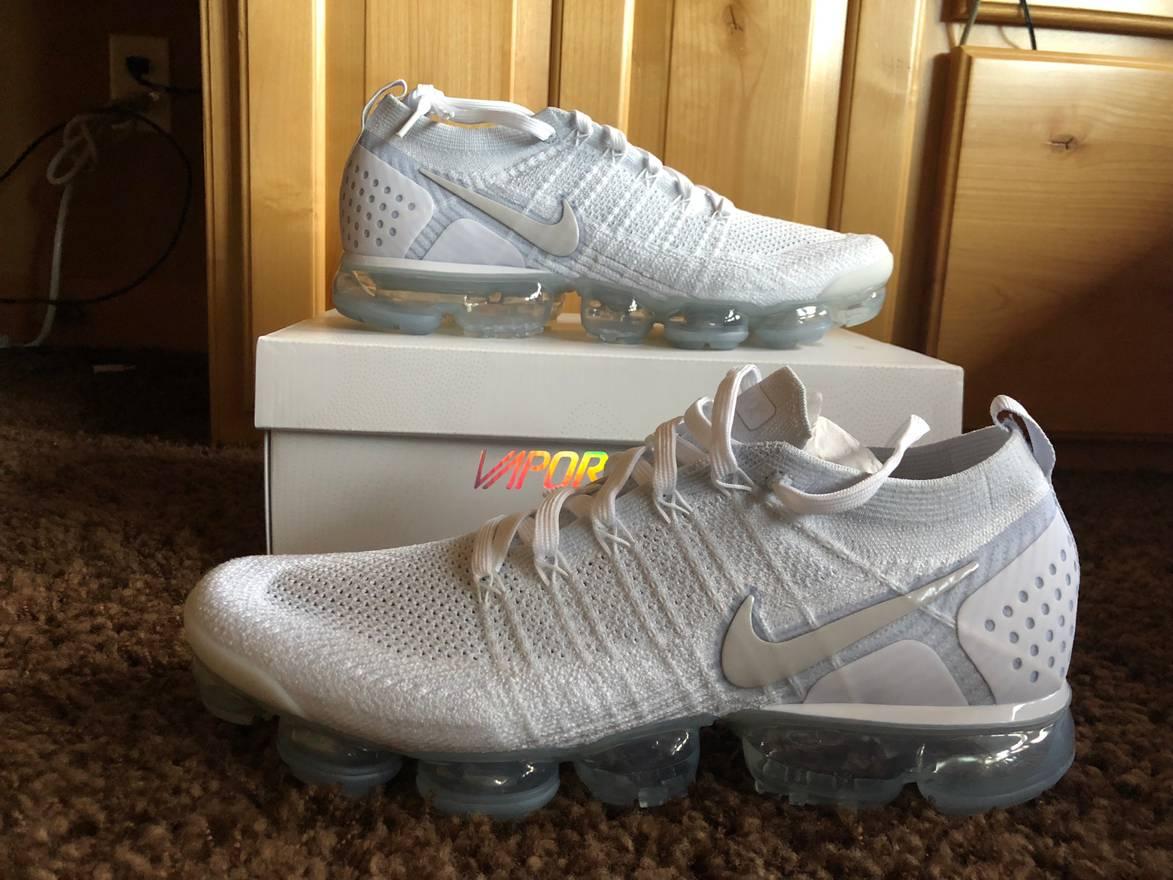 53aceeaedd ... footwear Nike Nike Air Vapormax Flyknit 2.0 Triple White Silver Grey  942842-105 Size 12; Sports shoes Official ...