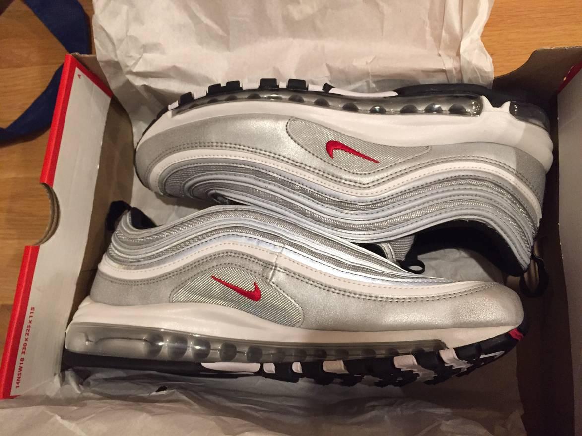 Nike Air Max 95 Essential Men's WhiteCool GreyWolf GreyWhite 749766 105