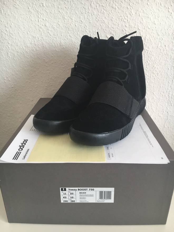 e9844766d5651 ... cheapest adidas adidas yeezy boost 750 triple black size us 11 eu 44  30849 6f21f