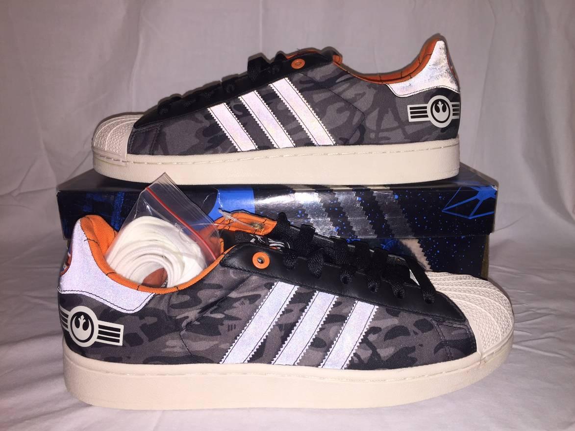 ... Rogue Squadron Rebel Alliance Leias Librar  shopping b41d1 3b3f8 ...  Adidas NEW IN BOX 2011 Adidas Originals SUPERSTAR II S.W. ... 03217beb4f