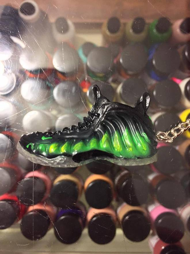 rubber keychain 2012 nike air foamposite one paranorman 3d keychain shoe laces not detachable size one