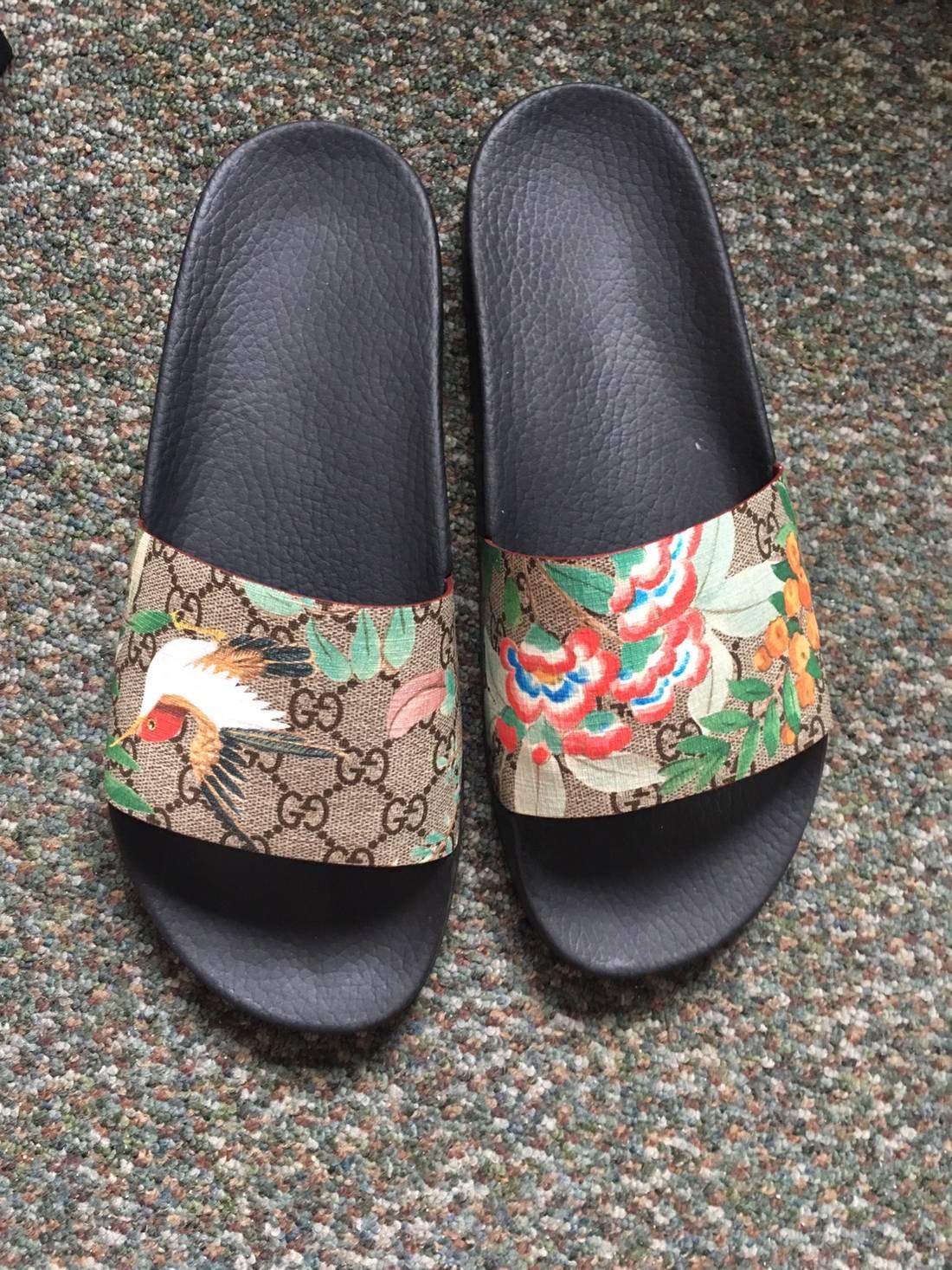Gucci Multicolor GG Supreme Tian Slides LB0AgvUJSB