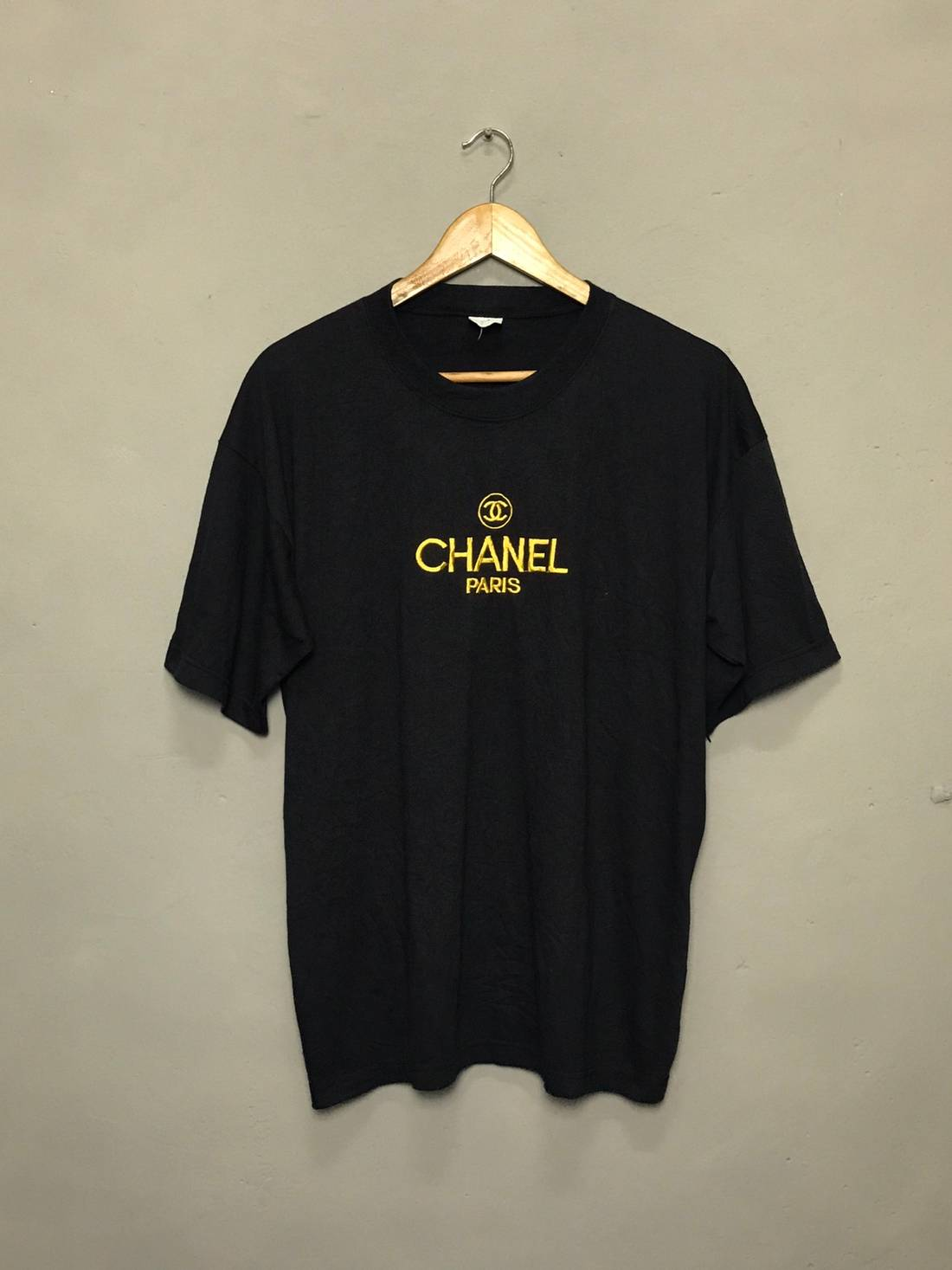 vintage bootleg chanel paris embroidered gold logo EH5Qi9gb