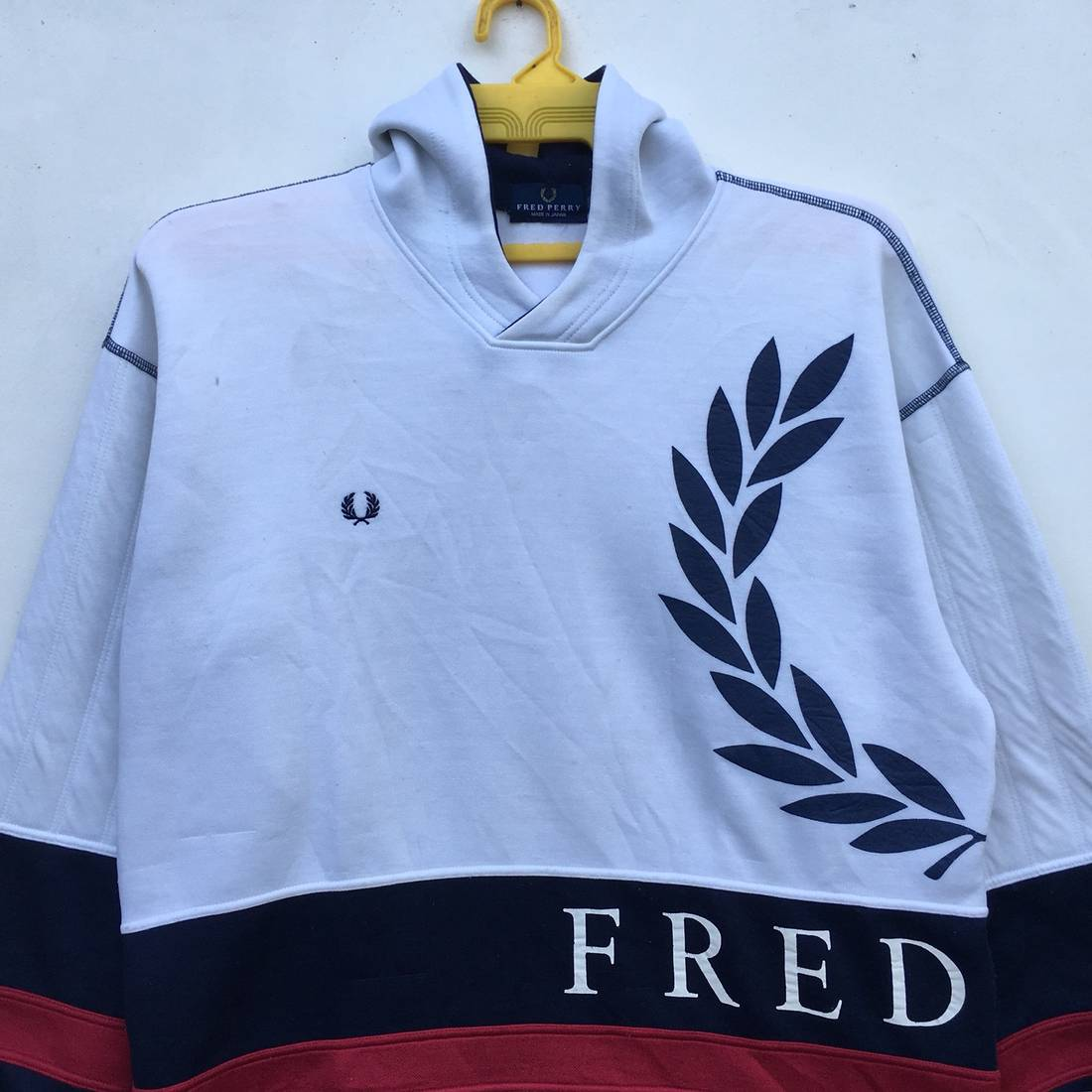 Fred Perry Spell Out Big Logo Long Sleeve Size Medium CFzDU7BTPR