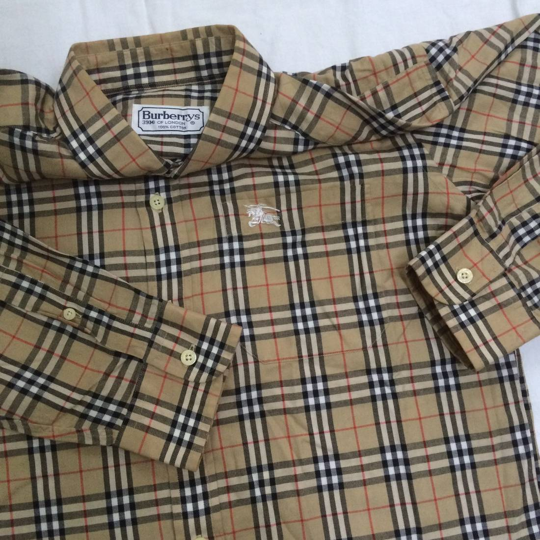 Vintage Burberrys of London long sleeve Checkered
