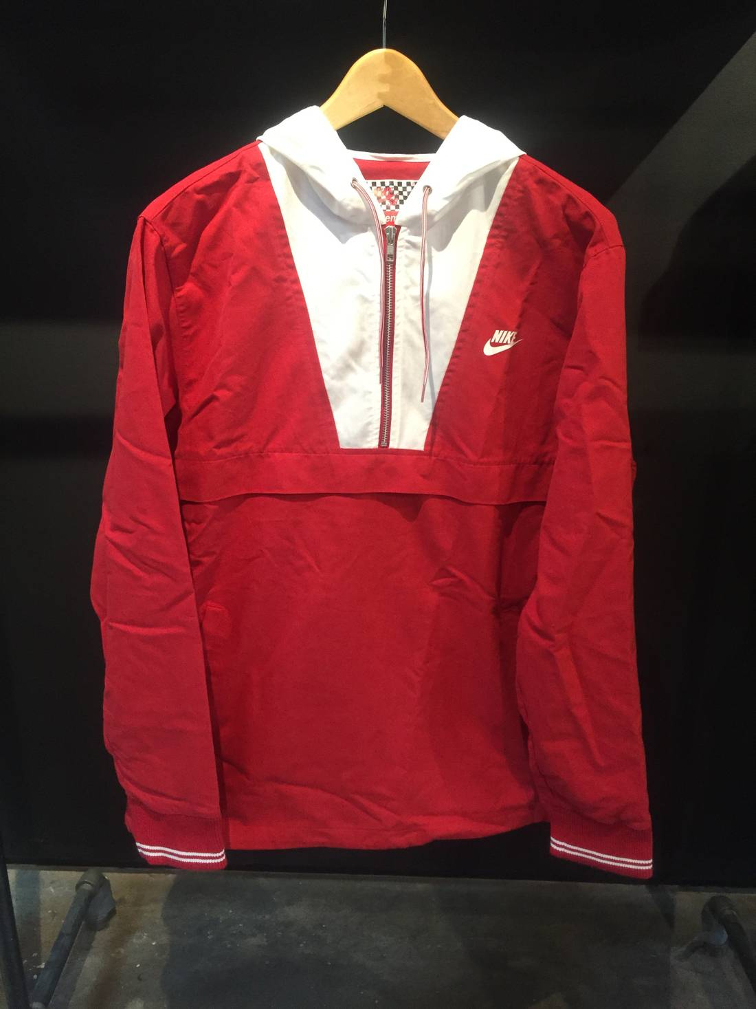 Supreme Supreme x Nike Twill Pullover Size l - Light Jackets for ...