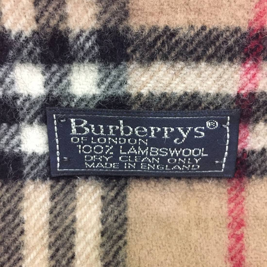 b8caf30ce3ed ... sweden burberry vintage burberrys scarf scarves 100 lambswool plaid  pattern made in england unisex accessories 6b8a8