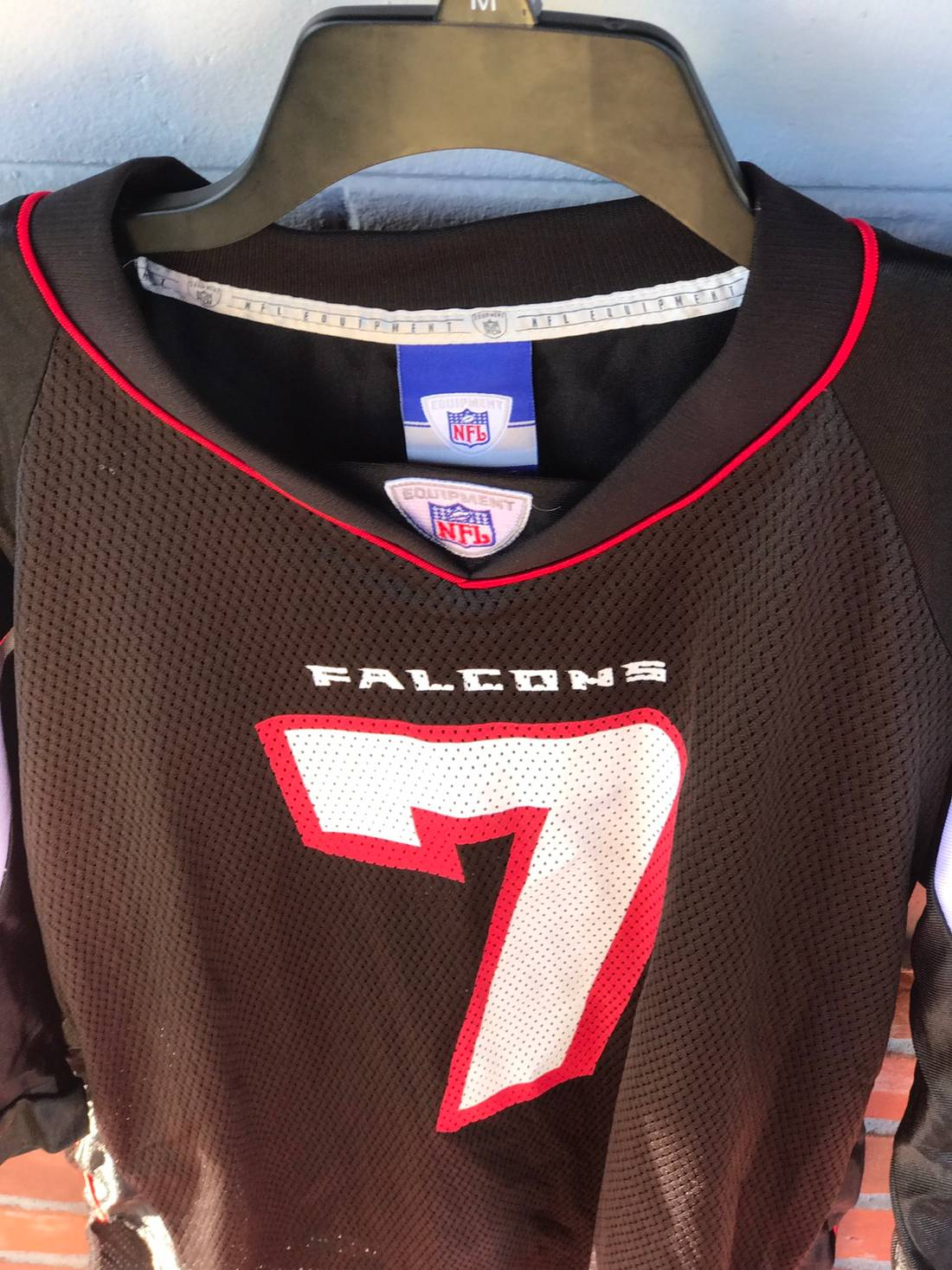 4bf05f96f61 ... top quality nfl mike vick atlanta falcons jersey size us m eu 48 50 2  770b9