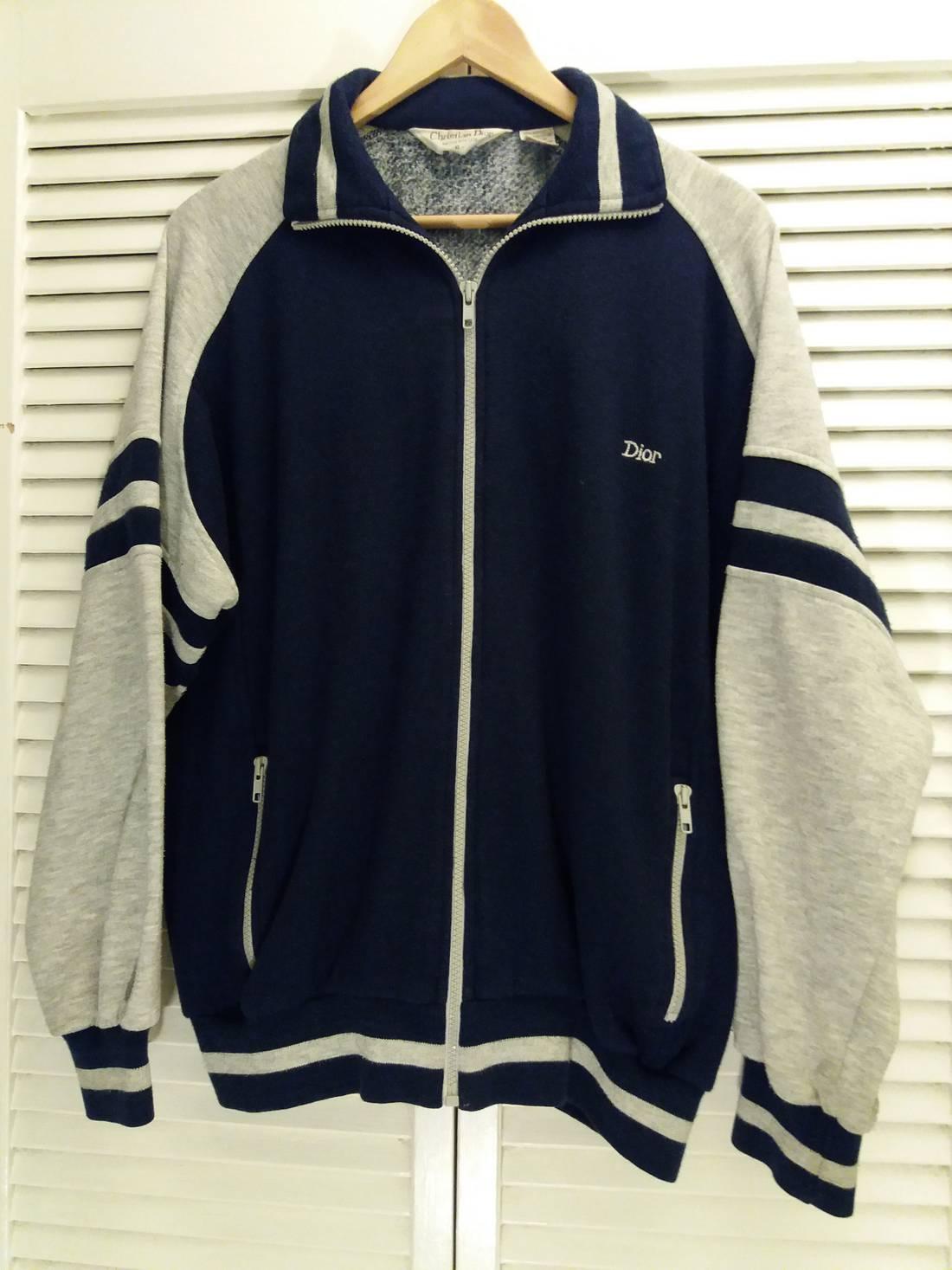 Rare!!! Vintage NFL spellout Embroidered Sweatshirt Pullover Vtg American Football Crewneck Jumper Jacket M size