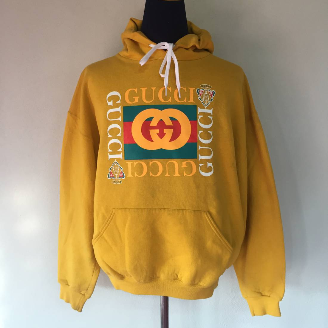 gucci hoodie. gucci vintage hoodie 90s very rare size us l / eu 52-54