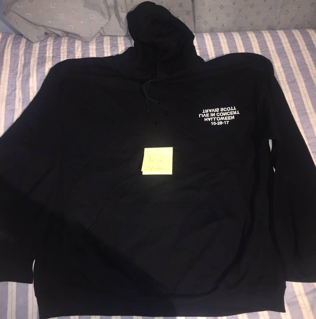 5e8705e2e0ed ... Us M Eu 48 50. Travis Scott Nyc Halloween Merch Size M Sweatshirts. Travis  Scott Launches Texas Chainsaw Massacre ...
