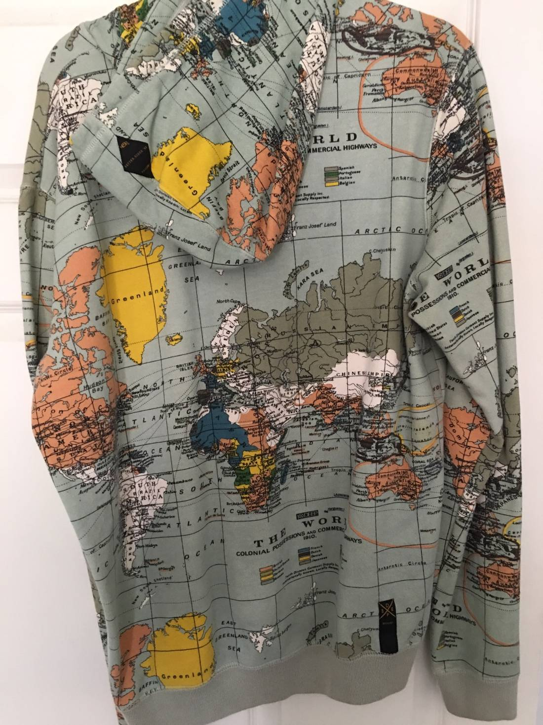 10 deep world map hoodie size l sweatshirts hoodies for sale 10 deep world map hoodie size us l eu 52 54 3 gumiabroncs Image collections