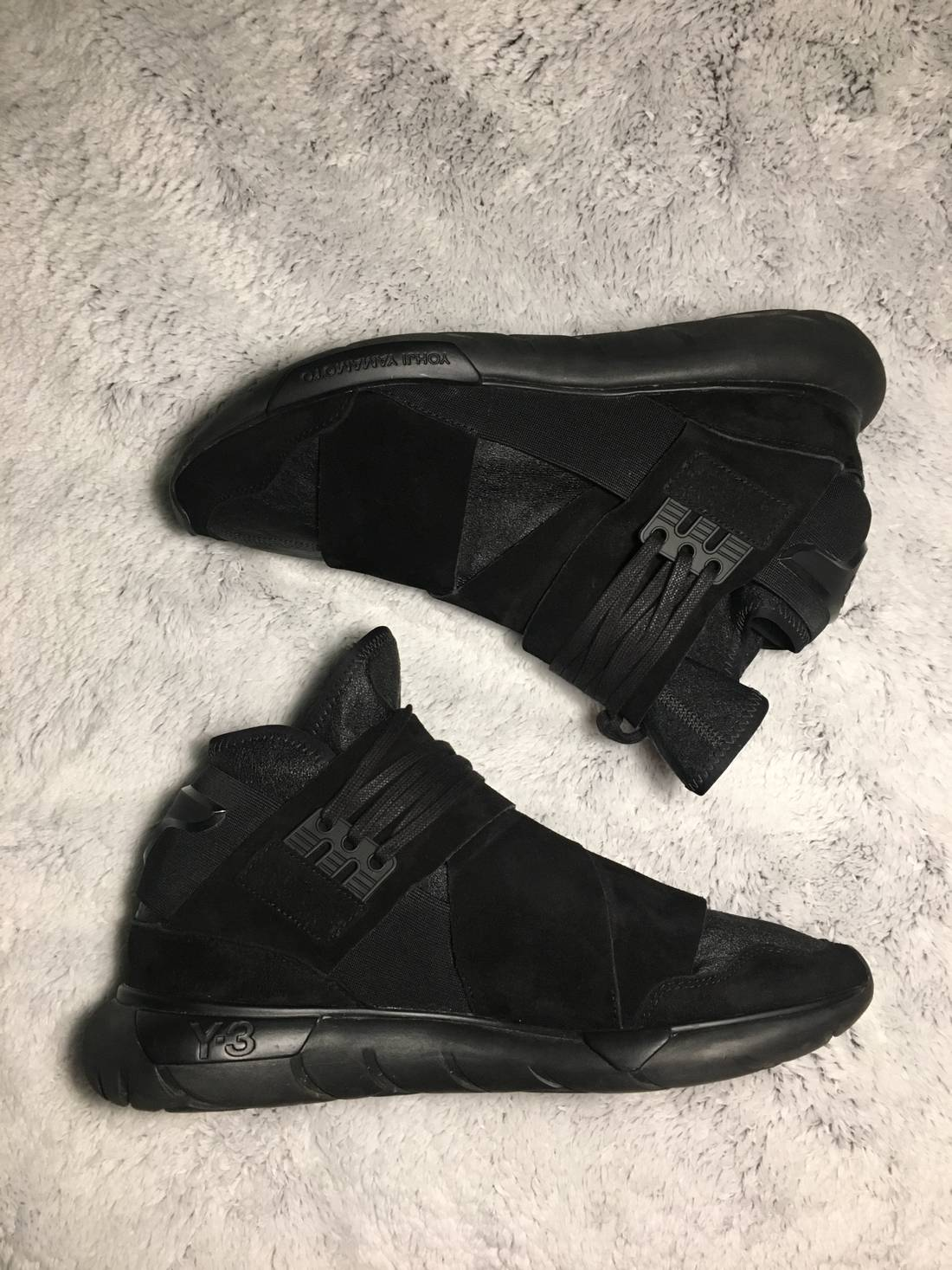 5087eff7e ayero low top sneakers  y 3 y 3 qasa high lux triple black used adidas size  us 11