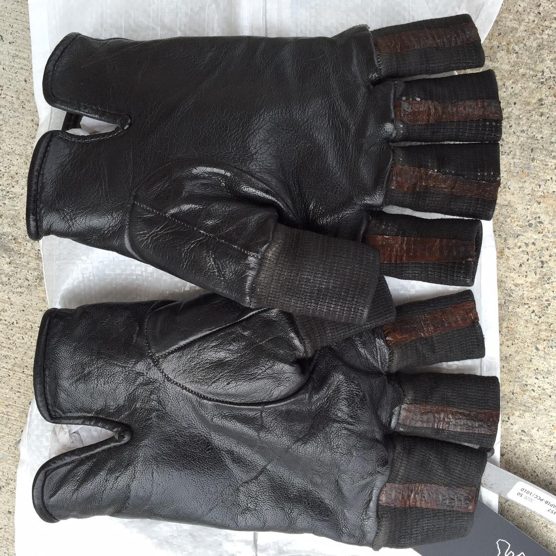 Black leather cut off gloves -  Carol Christian Poell Black Leather Cut Off Gloves Size 40 1