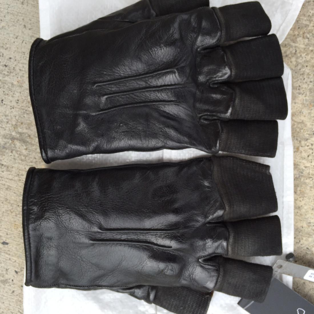 Black leather cut off gloves - Black Leather Cut Off Gloves
