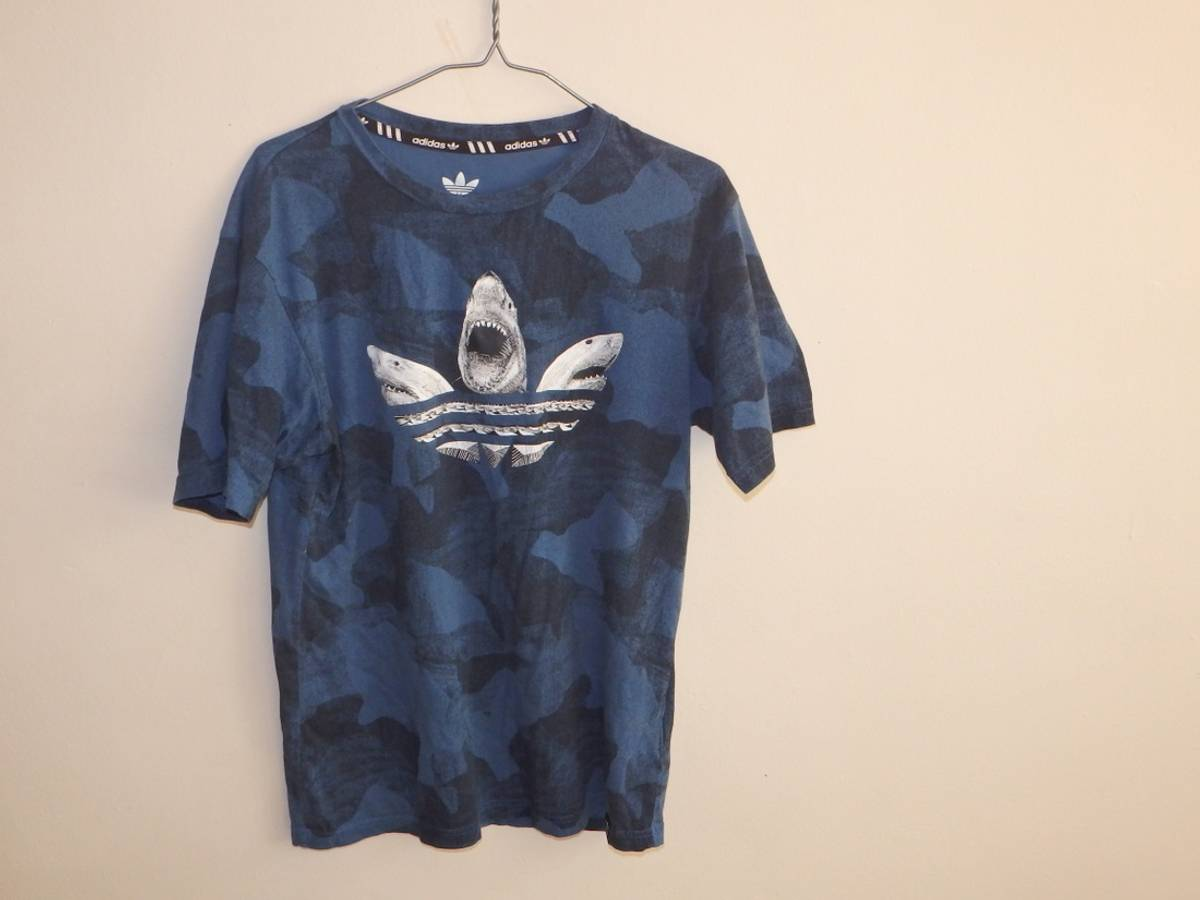 Decano danés referencia  Adidas Adidas Shark Tee | Grailed