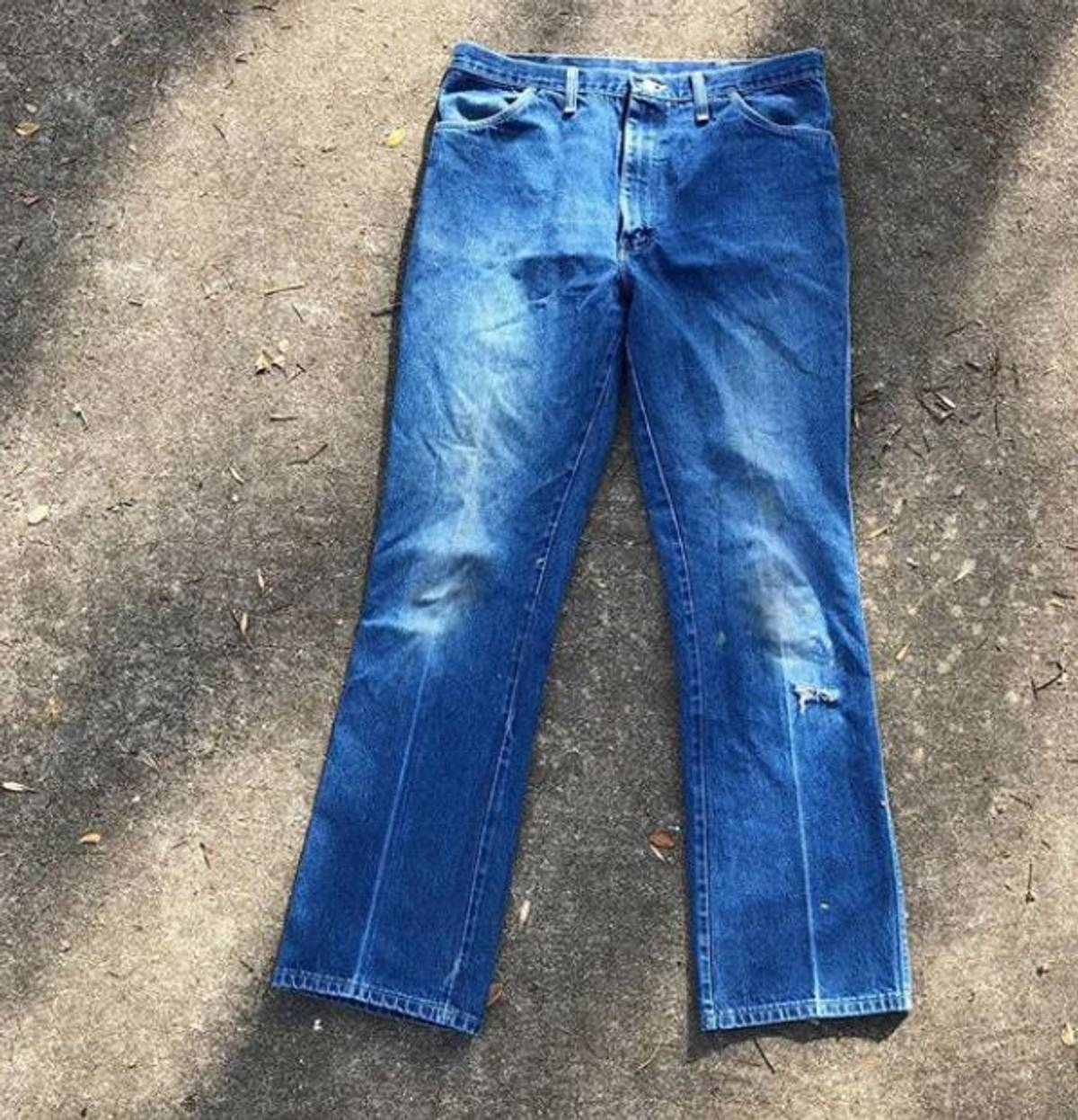 Wrangler 80s Vintage Distressed Men S Rustler Jeans Made In Usa Grailed Check out our new internet specials, and watch this space for updates to come! grailed