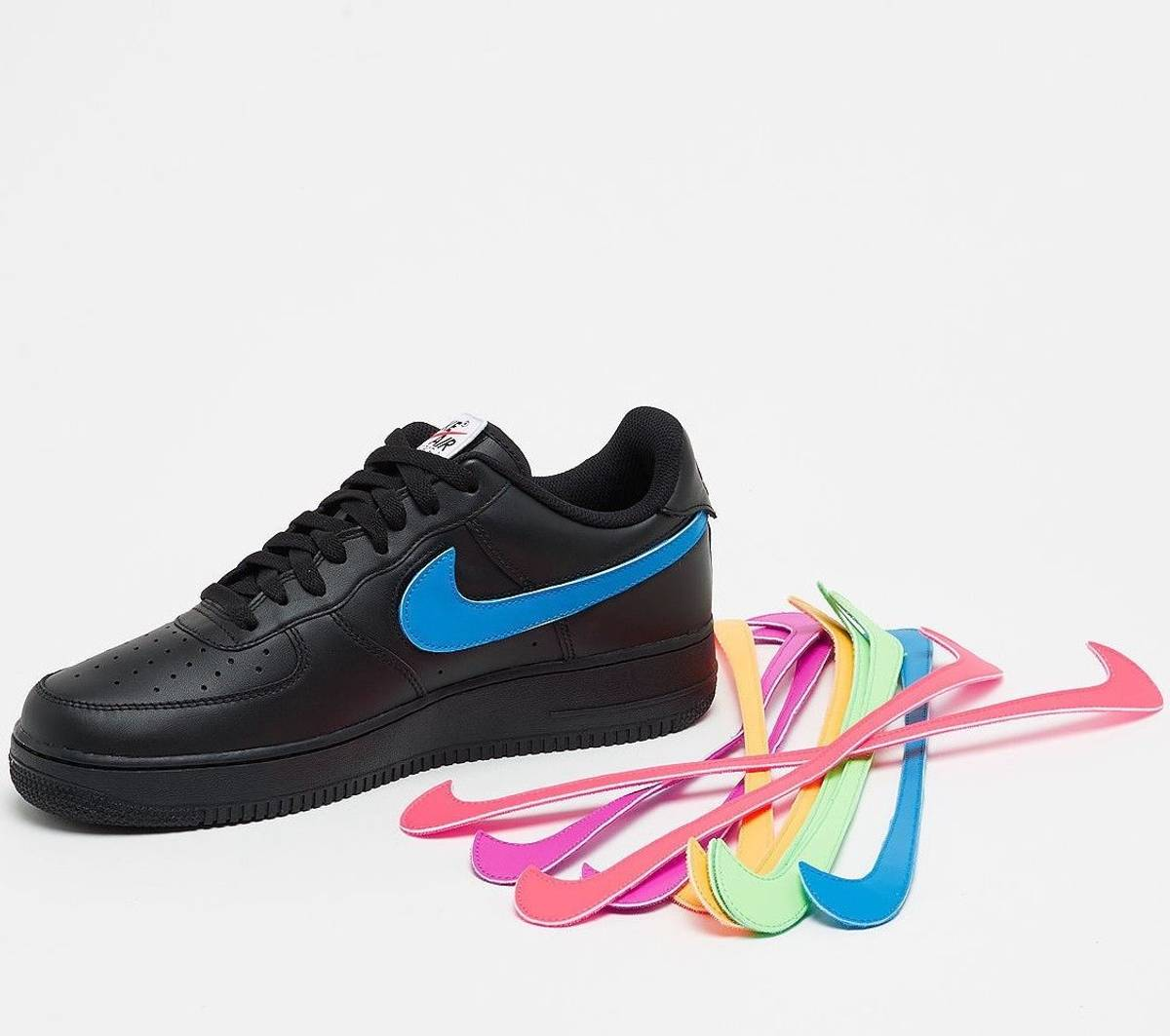 Nike Sportswear Air Force 1 07 QS Velcro Swoosh Pack