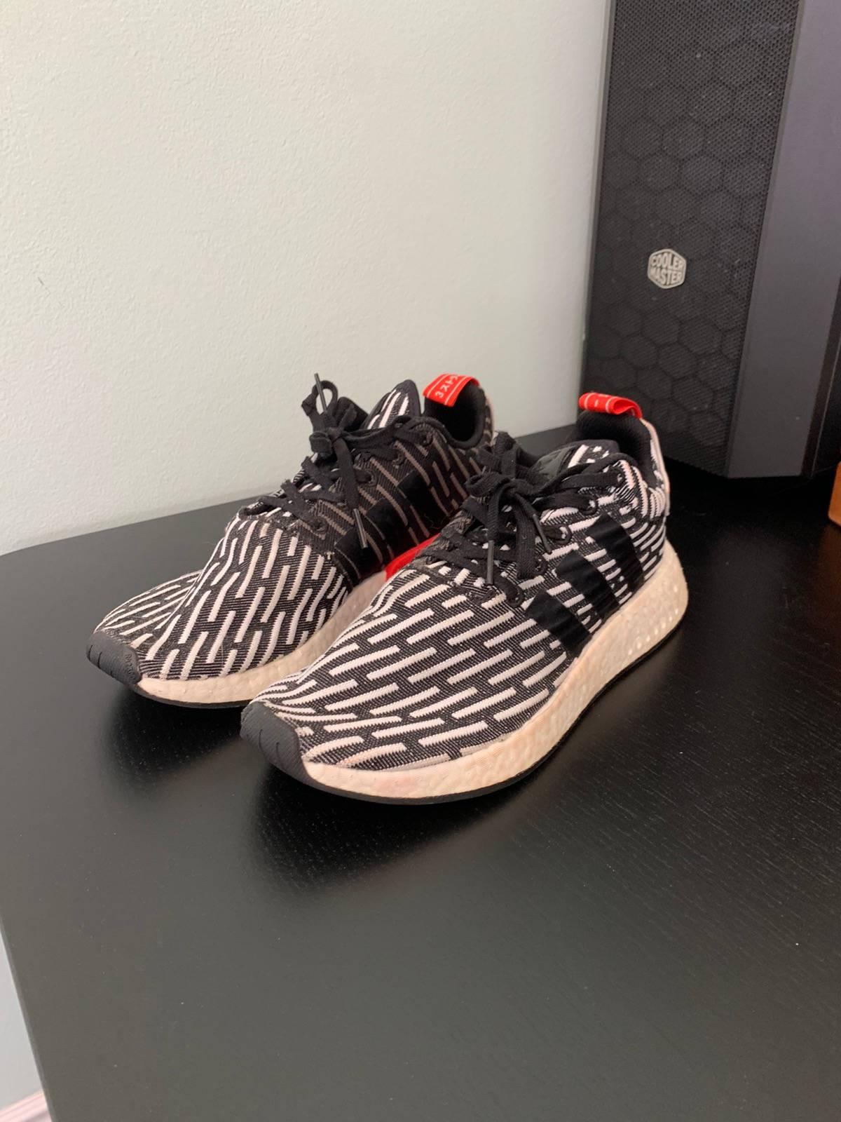 Adidas Nmd R2 Pk Core Black Stripe 2017 Size 10 $34