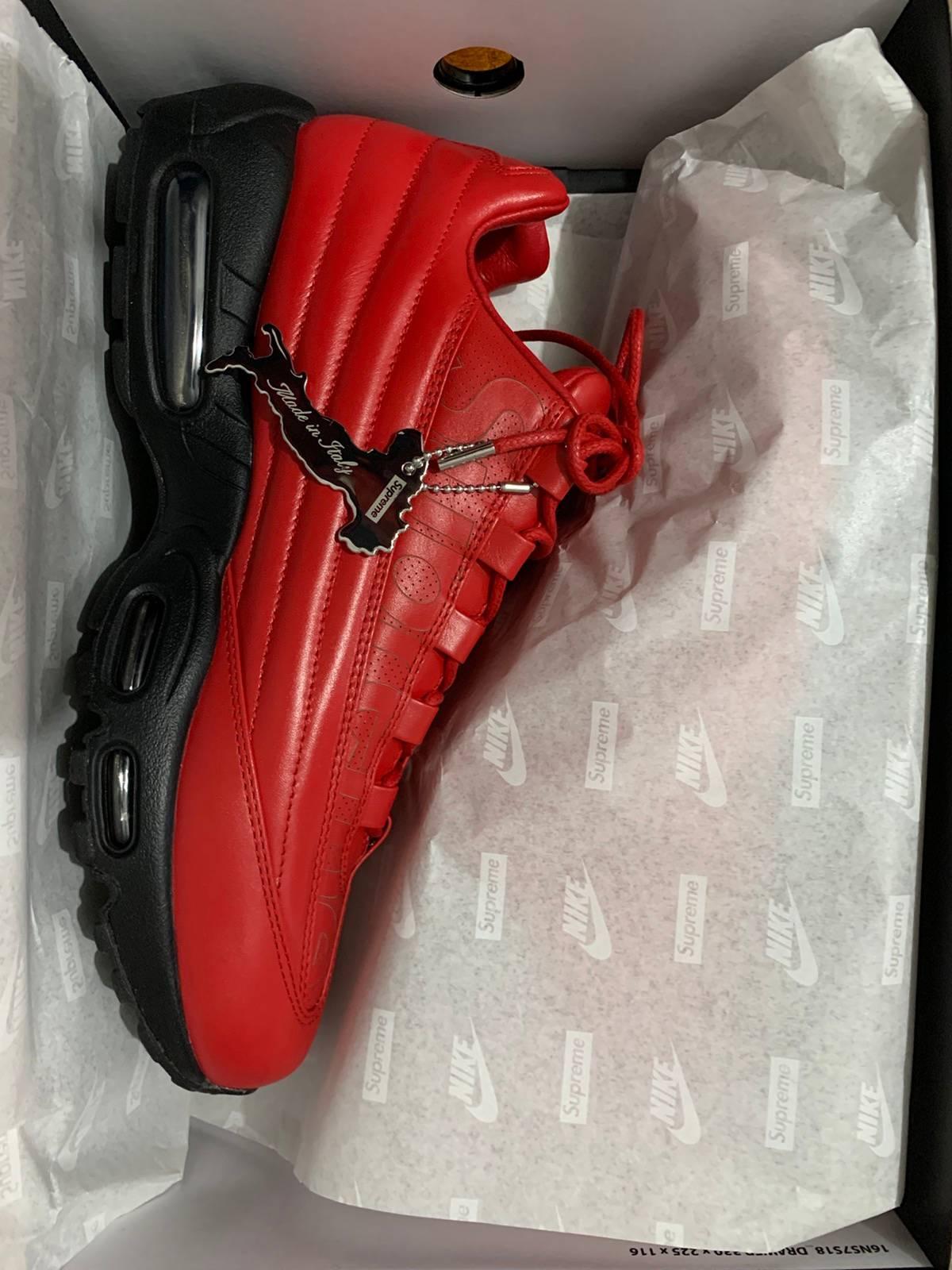 Desconfianza Viento Nacarado  Supreme Supreme × Nike Air Max 95 Lux University Red | Grailed