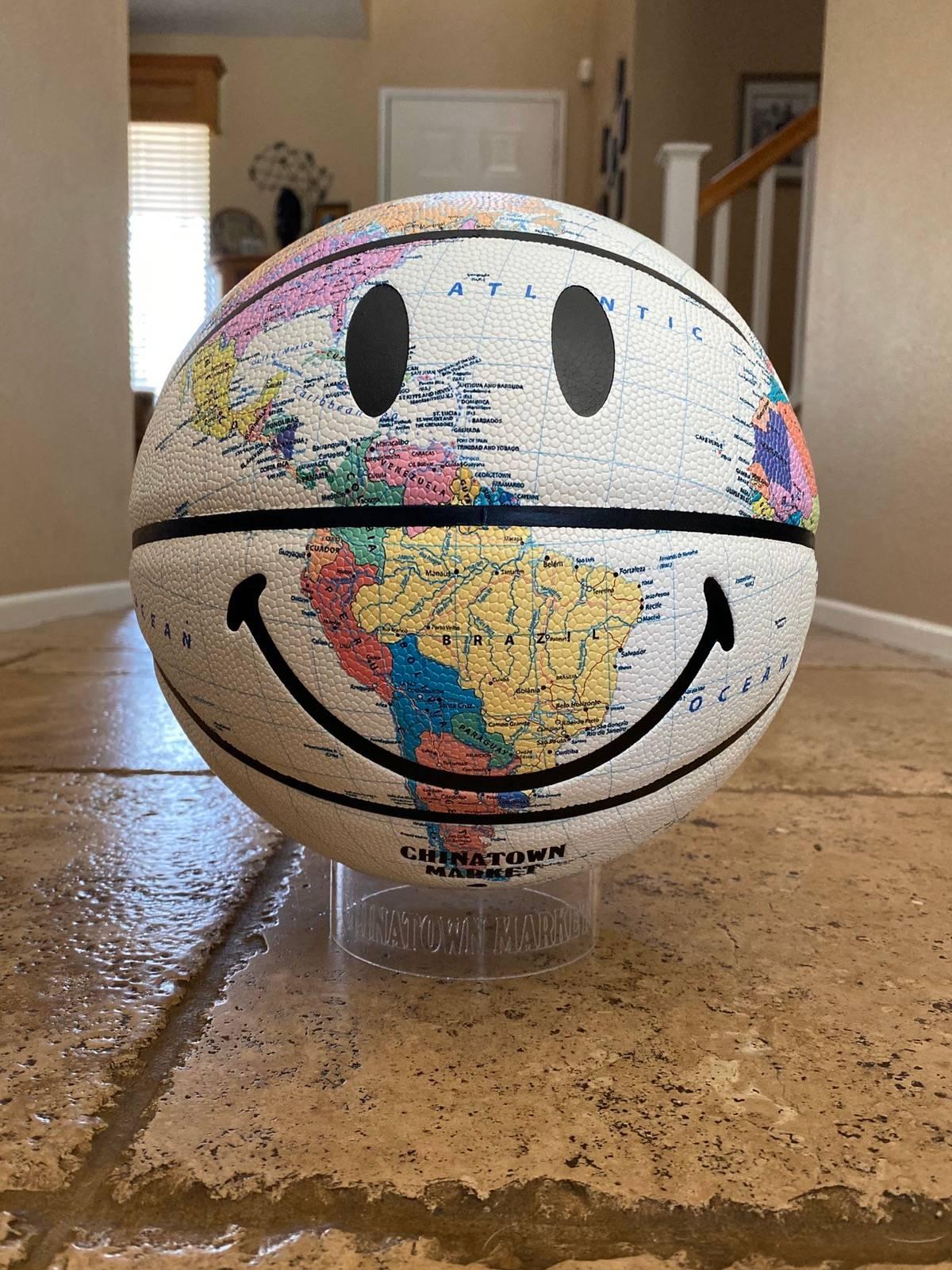Chinatown Market Smiley Globe Basketball