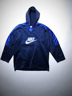 f95d26f918f Nike vintage hoodie | Grailed