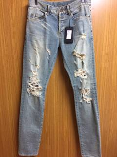 22c2bd09f1e Hedi Slimane × Saint Laurent Paris saint laurent Destroy jeans
