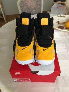 1185586315e50c Sneakers - Shop - Grailed