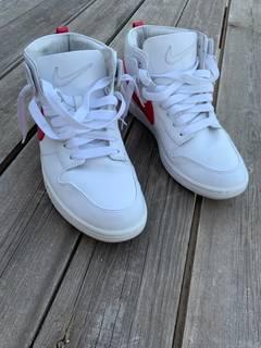new arrival 76641 3a00b Nike × Riccardo Tisci Nike Lab x Ricardo Tisci Dunk Lux Chukka - White Red