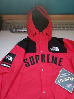 976f4e24ef2b Supreme × The North Face Supreme x The North Face Parka Red Small
