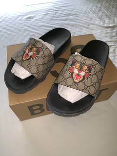 631449d8b5 Gucci Gucci slides angry cat limited edition