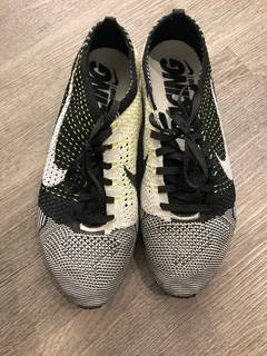 700b2b44f4a3 Nike Flyknit