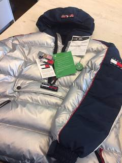 79d7d642e1b Kith Nyc × Tommy Hilfiger Kith x Tommy Hilfiger Silver Puffer Jacket