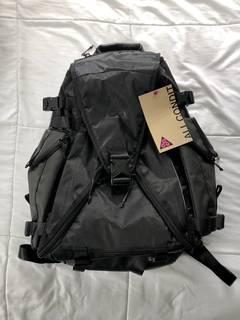 2cb7c6b6a65c21 Backpacks   Grailed