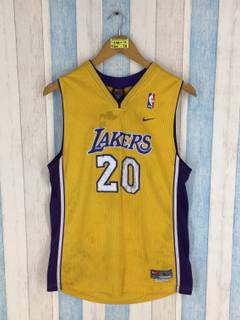 34778bdc51e Lakers × Nike Gary Payton  20 Mens Nike Yellow Jersey Large Los Angeles  Lakers Nba