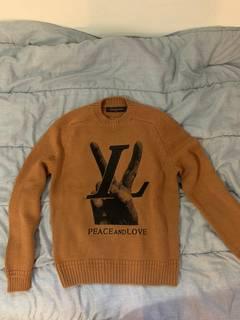 2266f1c4ad8b Louis Vuitton Louis Vuitton Peace & Love