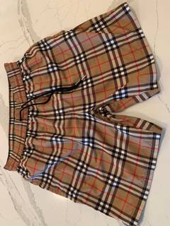 dddd509a5f2 Burberry - Grailed