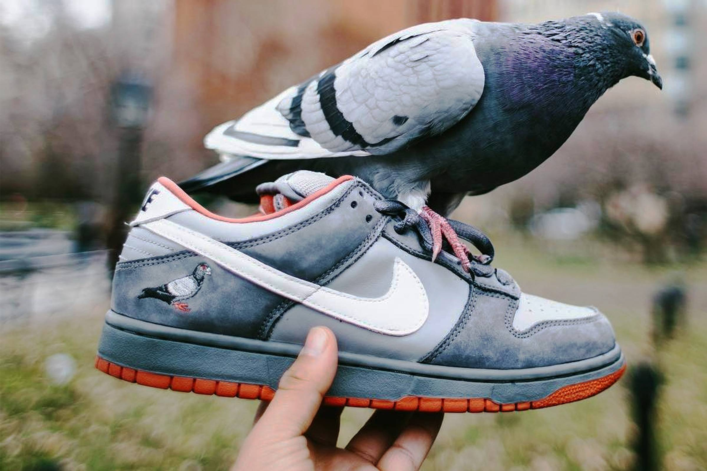 sports shoes 3569d 33b22 Embrace the Fat Tongue  A Brief History of the Nike SB Dunk