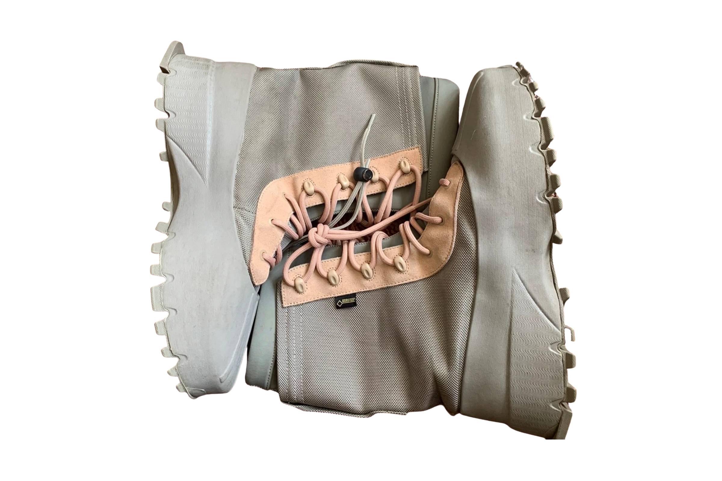 Yeezy Season 3 1050 Boots (Sample)