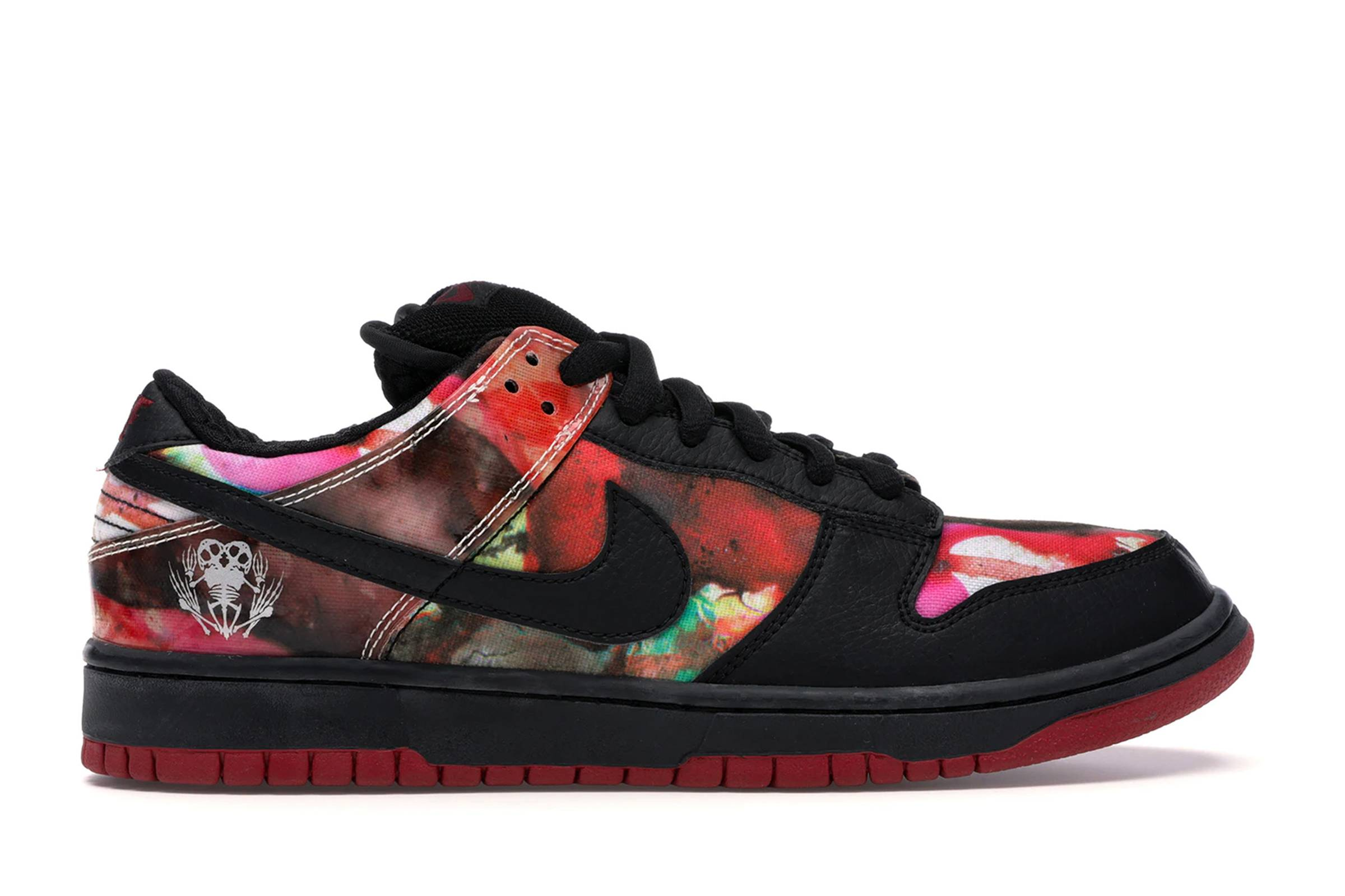 "Nike SB Dunk Low ""Pushead"""