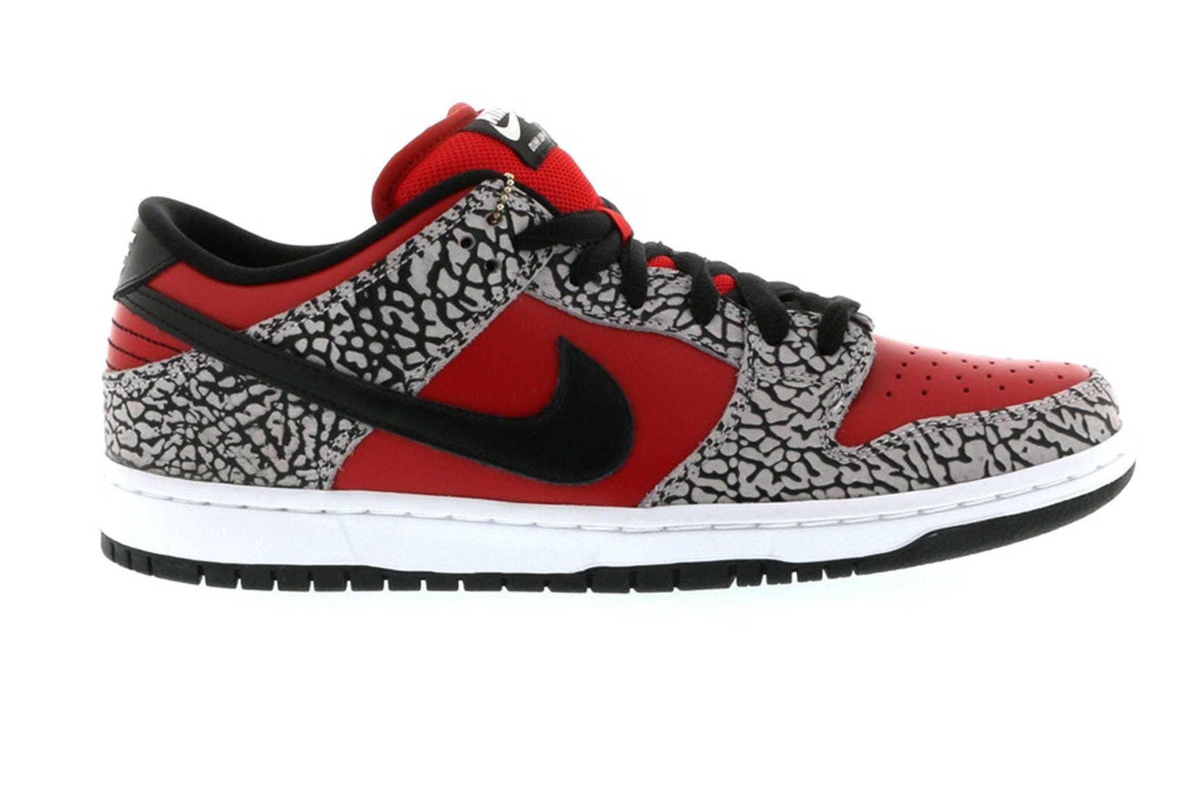 Supreme x Nike SB Cement Dunk Low