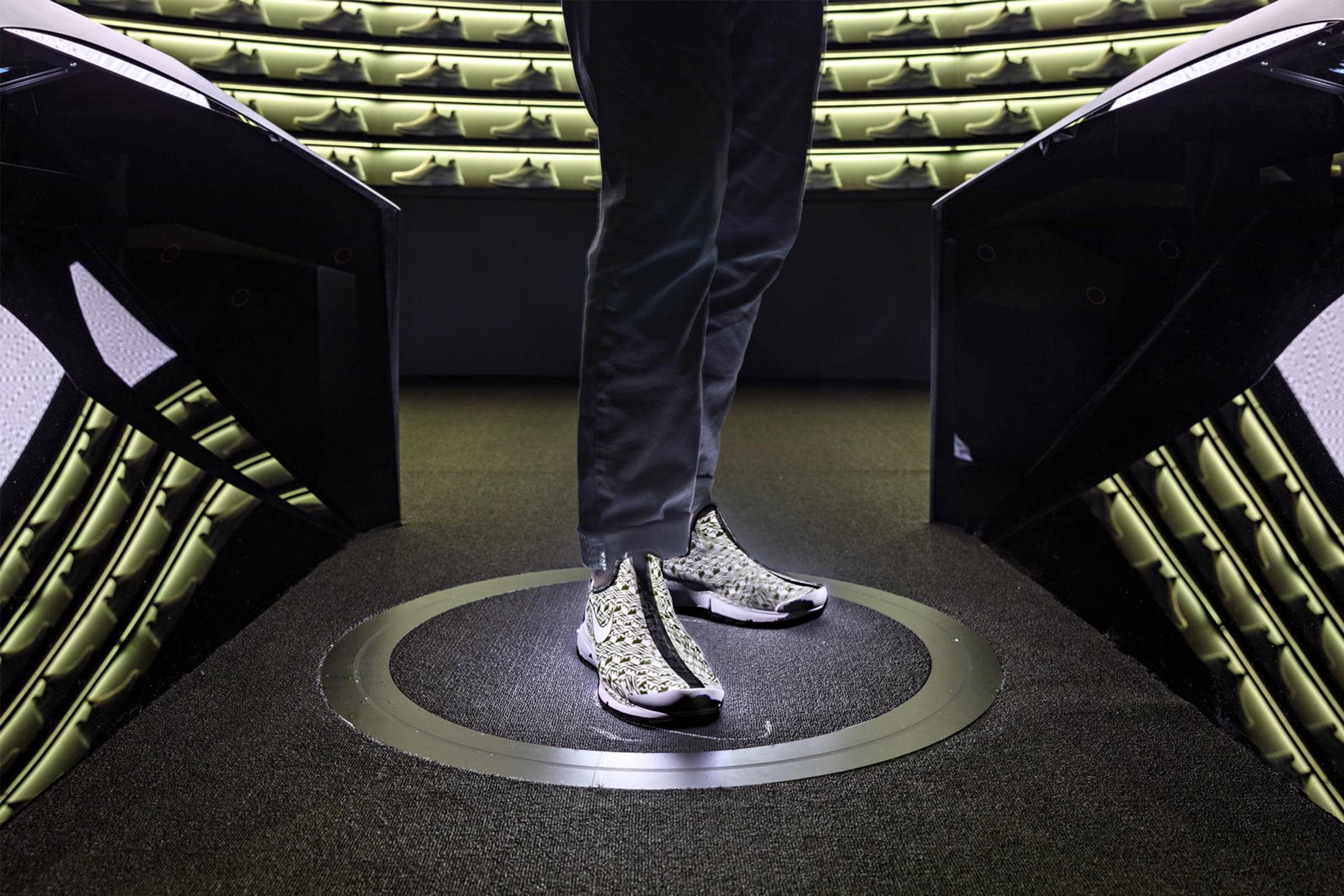 Nike Makers' Experience at Nike By You Studio