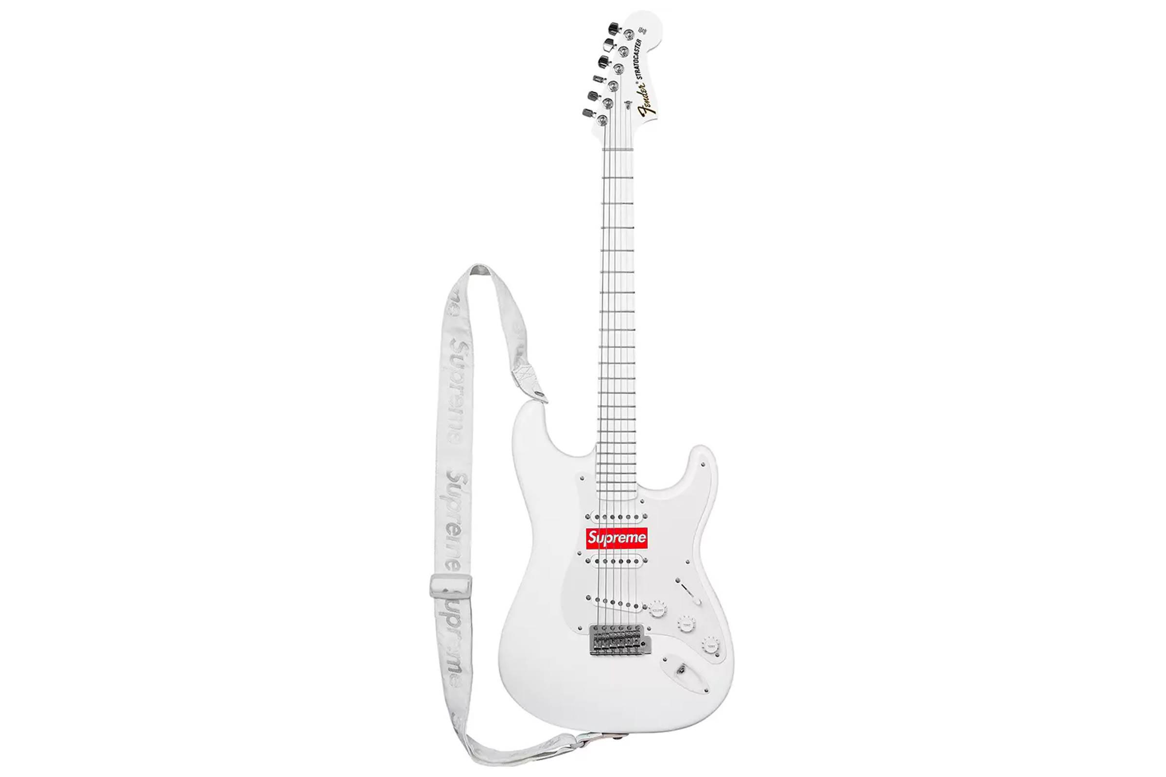 Supreme x Fender Stratocaster (Fall/Winter 2017)
