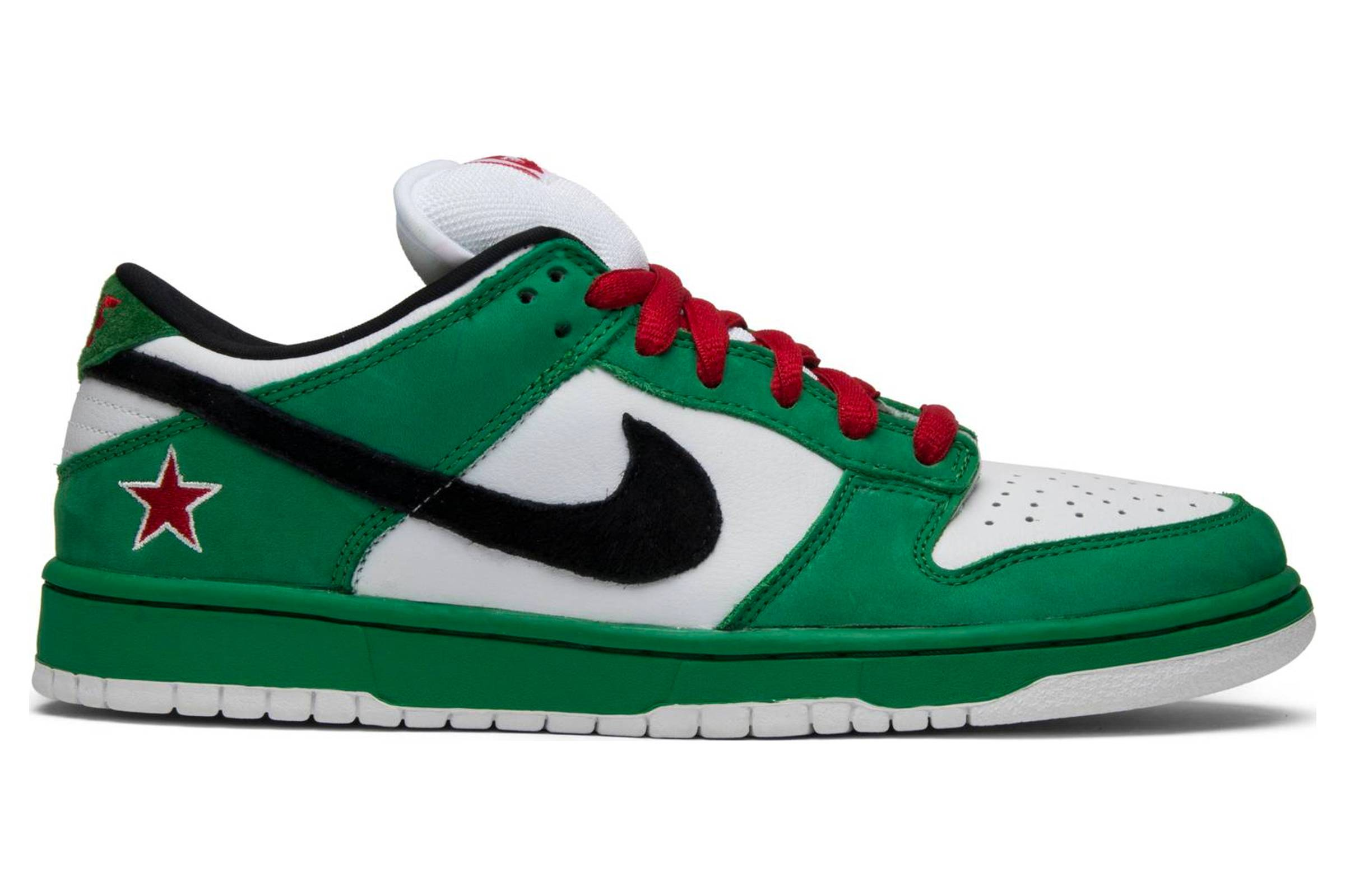 dc4f5e11990 Embrace the Fat Tongue  A Brief History of the Nike SB Dunk - Sb ...