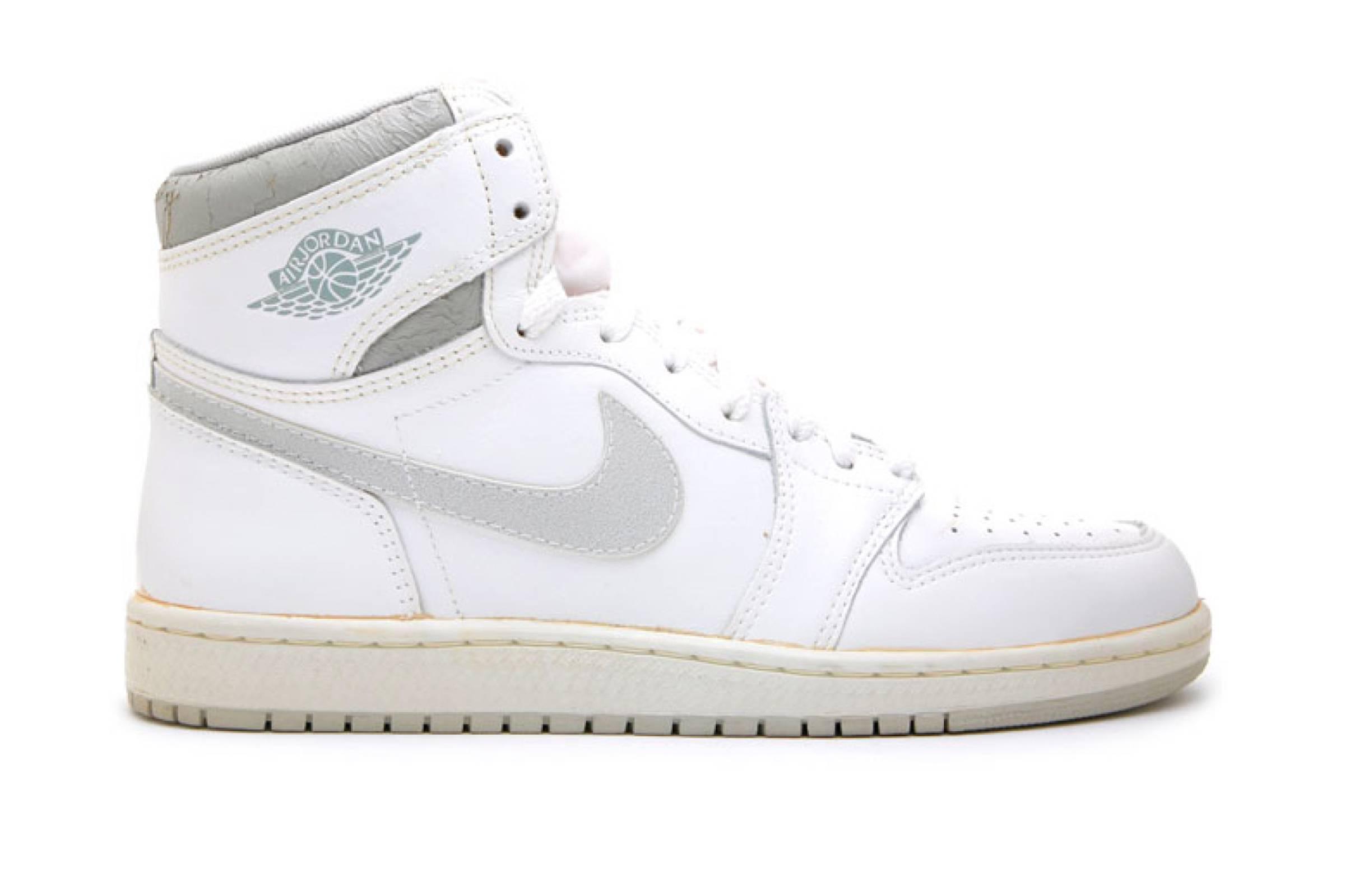 """4. Nike Air Jordan 1 """"Natural Gray""""  (1985)"""